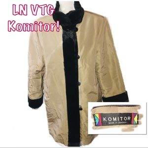 • KOMITOR | LN VTG | Faux Fur Trim Coat •